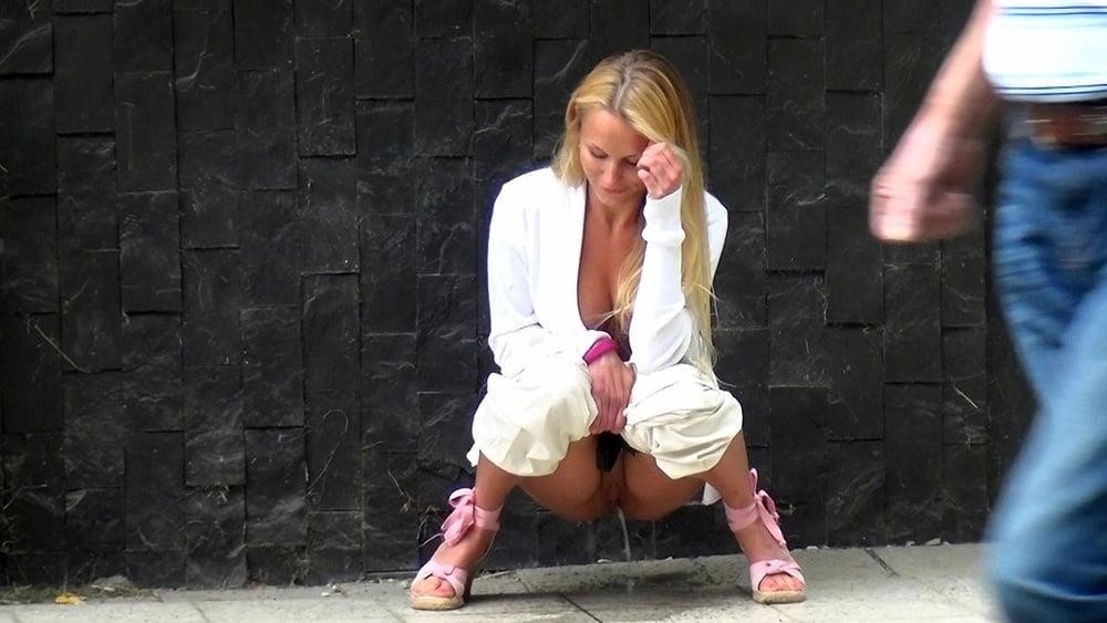 Teen girl peeing in public-5402
