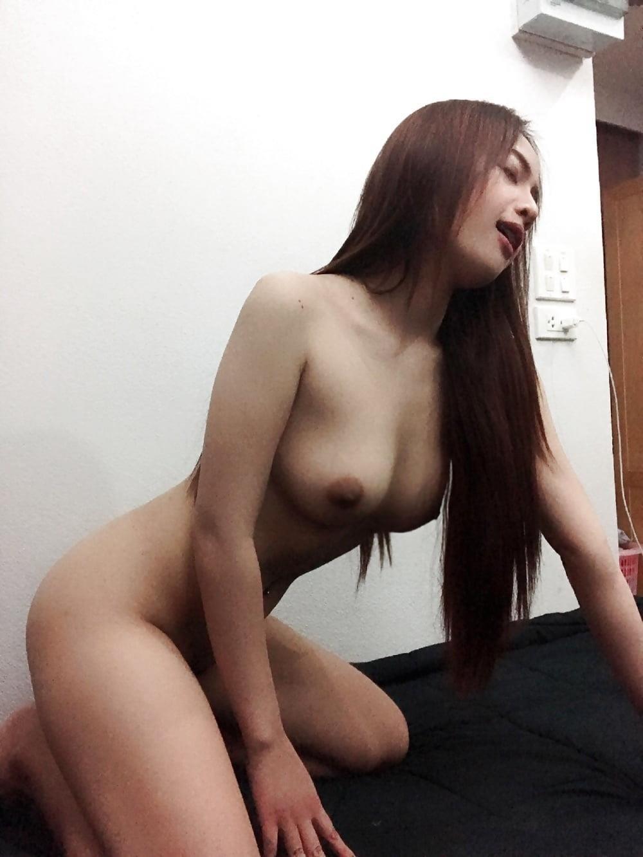Nude selfies on reddit-7992