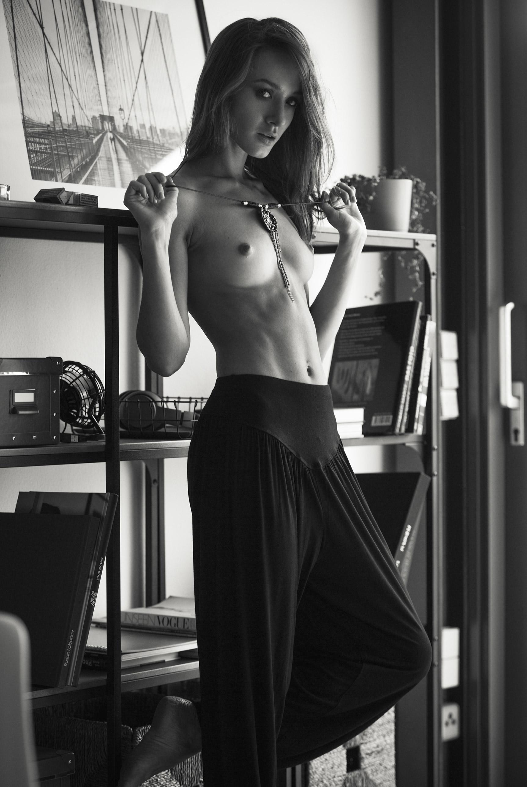 Vita Goncharuk nude by Hannes Walendy
