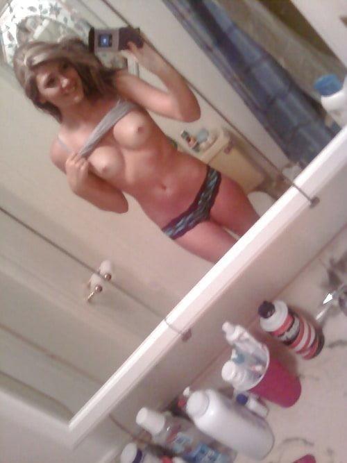 Cute naked teen selfie-4622
