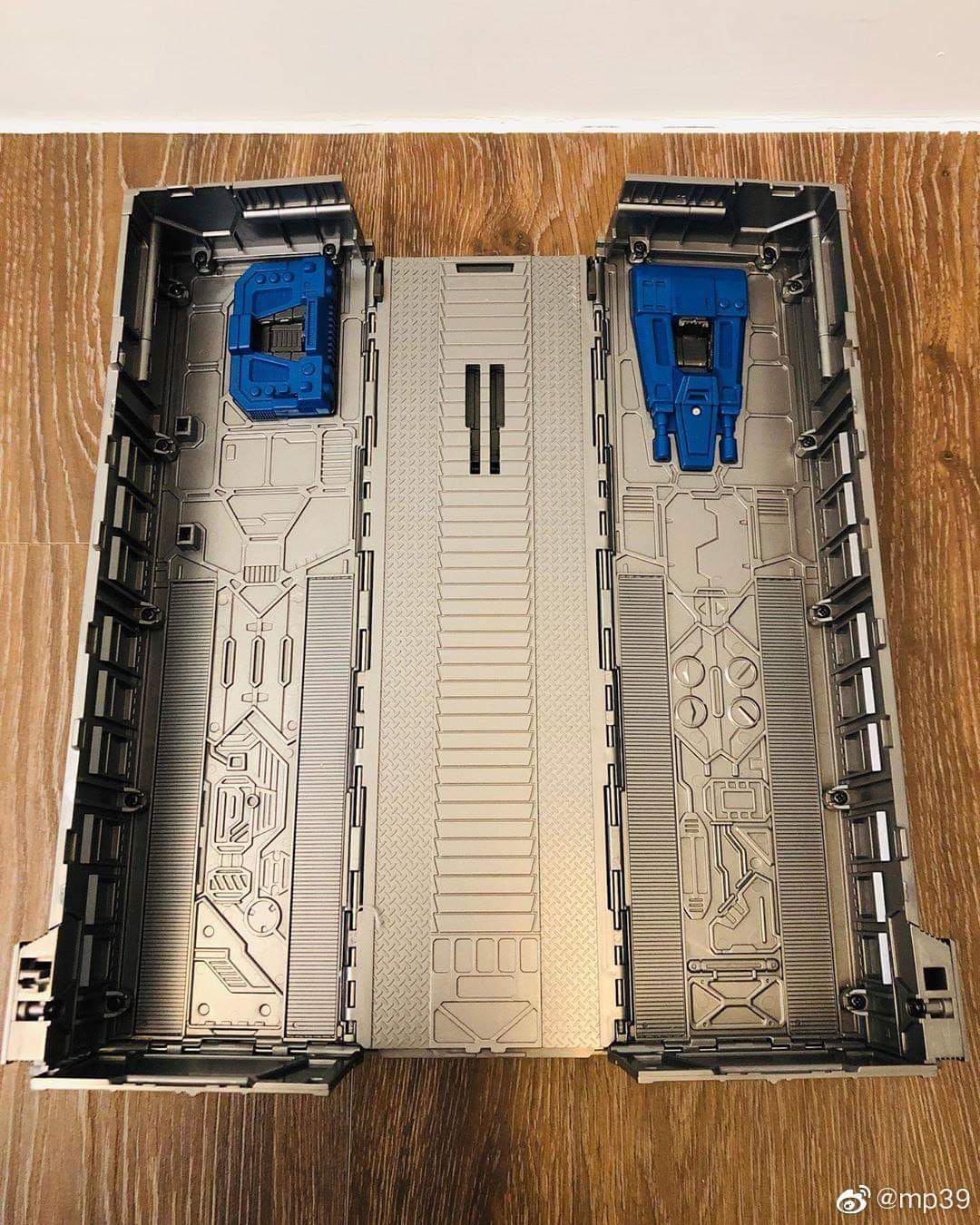 [Masterpiece] MP-44 Optimus Prime/Optimus Primus v3.0 - Page 6 Mn0rriNa_o