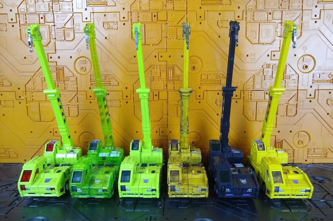 [Toyworld] Produit Tiers - Jouet TW-C Constructor aka Devastator/Dévastateur (Version vert G1 et jaune G2) - Page 11 FQJyOHm8_o