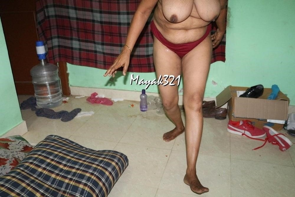 Reshma aunty nude-3293