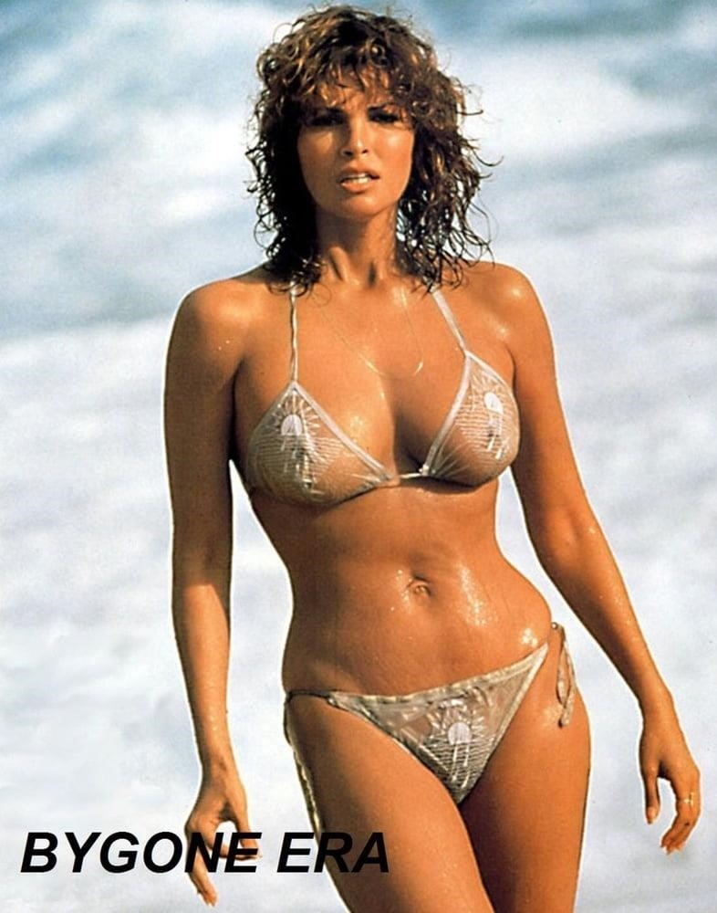 Naked pictures of raquel welch-3122