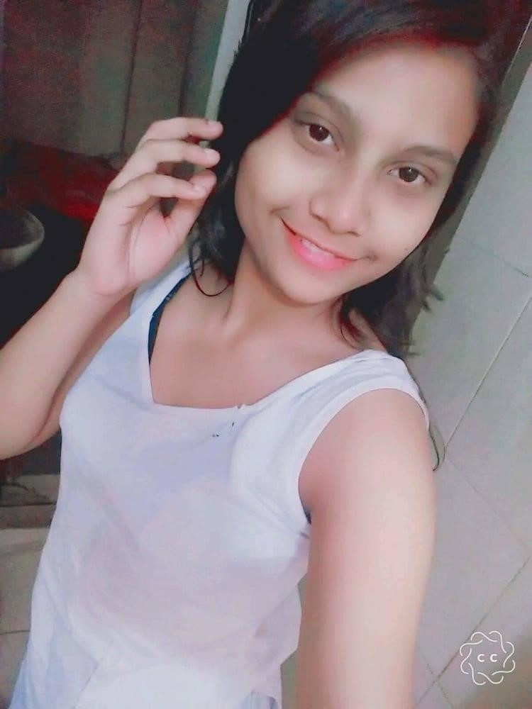 School girl nude selfie-7061