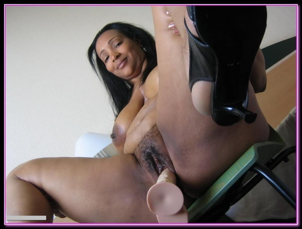 Ebony mama porn-9317