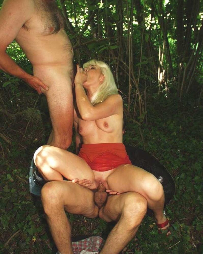 Outdoor threesome sex-6542