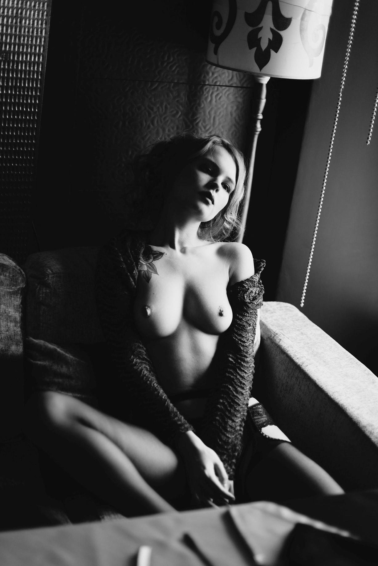 Анастасия Щеглова / Anastasiya Scheglova nude by Georgy Goryunov