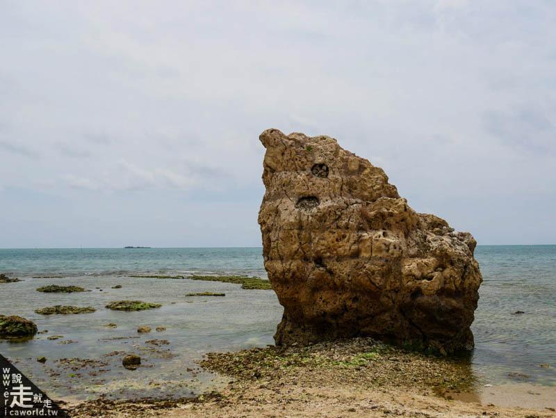 瀨長島子寶岩