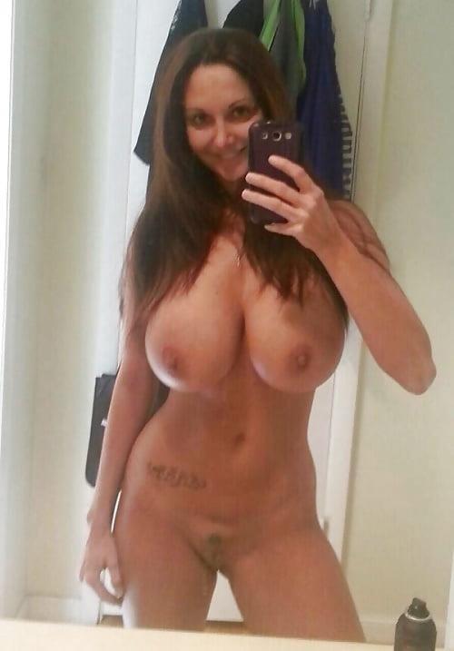 Big tits nude selfie-1487