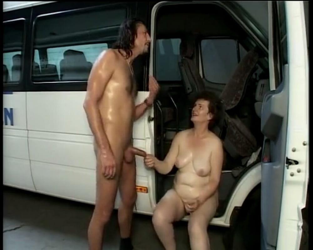 Old grandma porn pics-7996