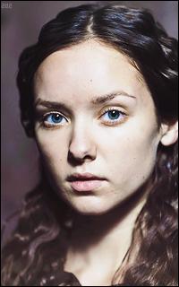 Alexandra Dowling - Page 2 GFyjCWwK_o