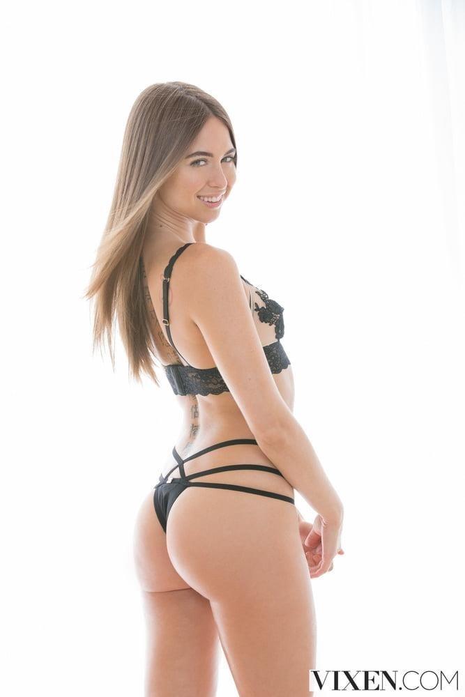 Lesbian butt pics-7033
