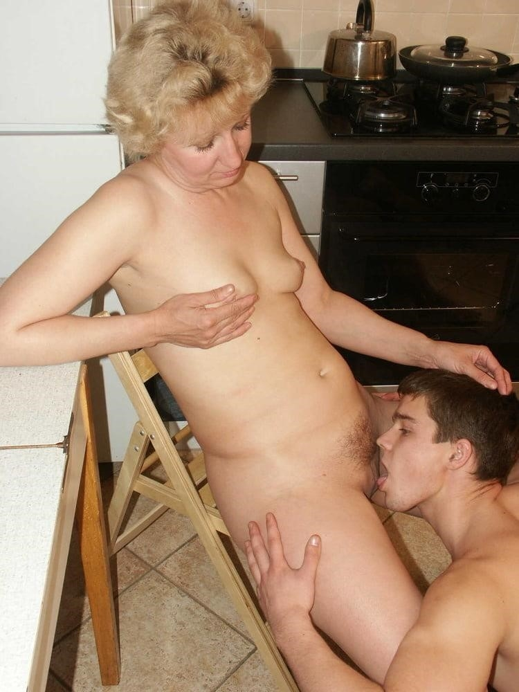 Old women sex with yung boy-7726