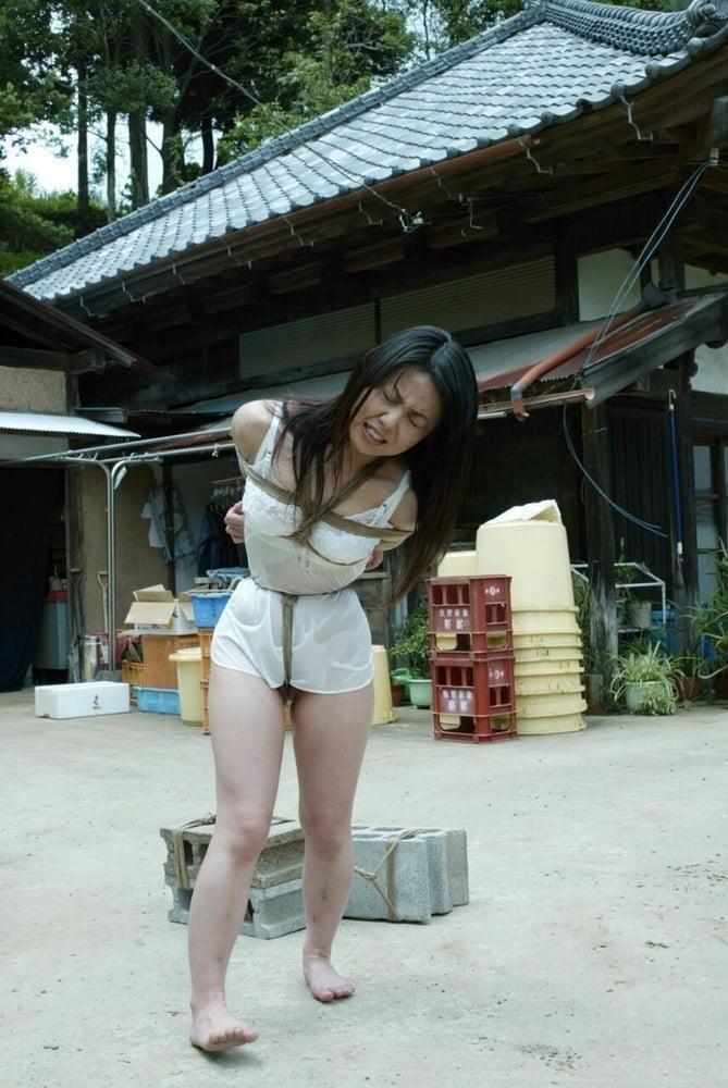 Public agent asian girl-7986