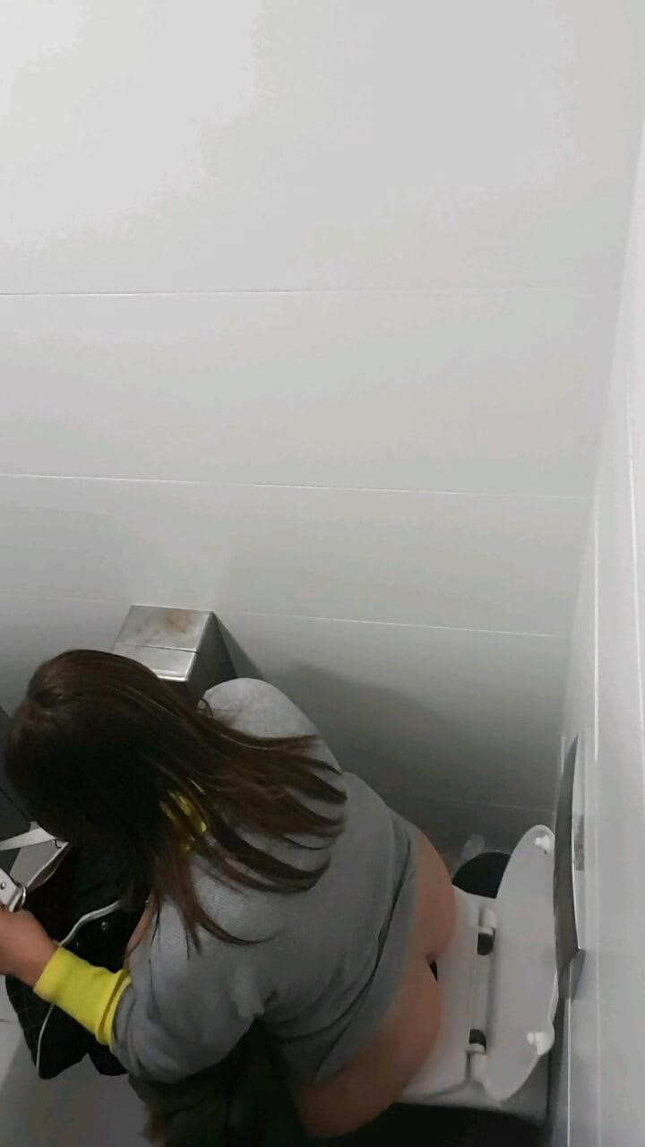 Public toilet spy cam porn-4767