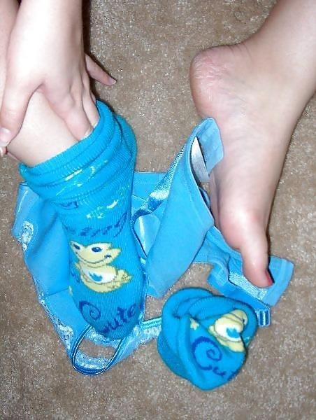 Sucking toes sex-7023