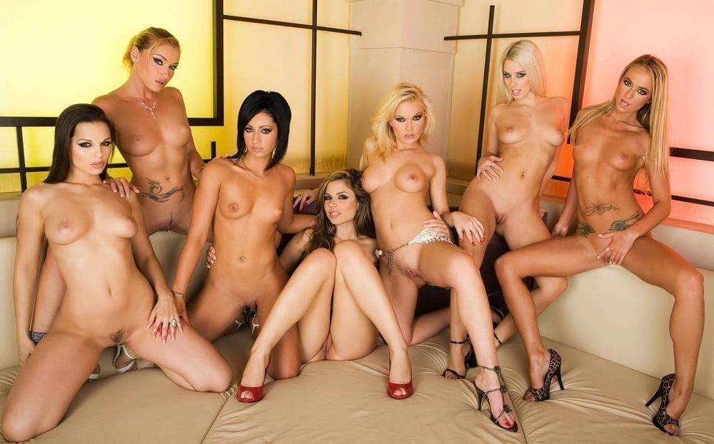 Nude women clits-2895