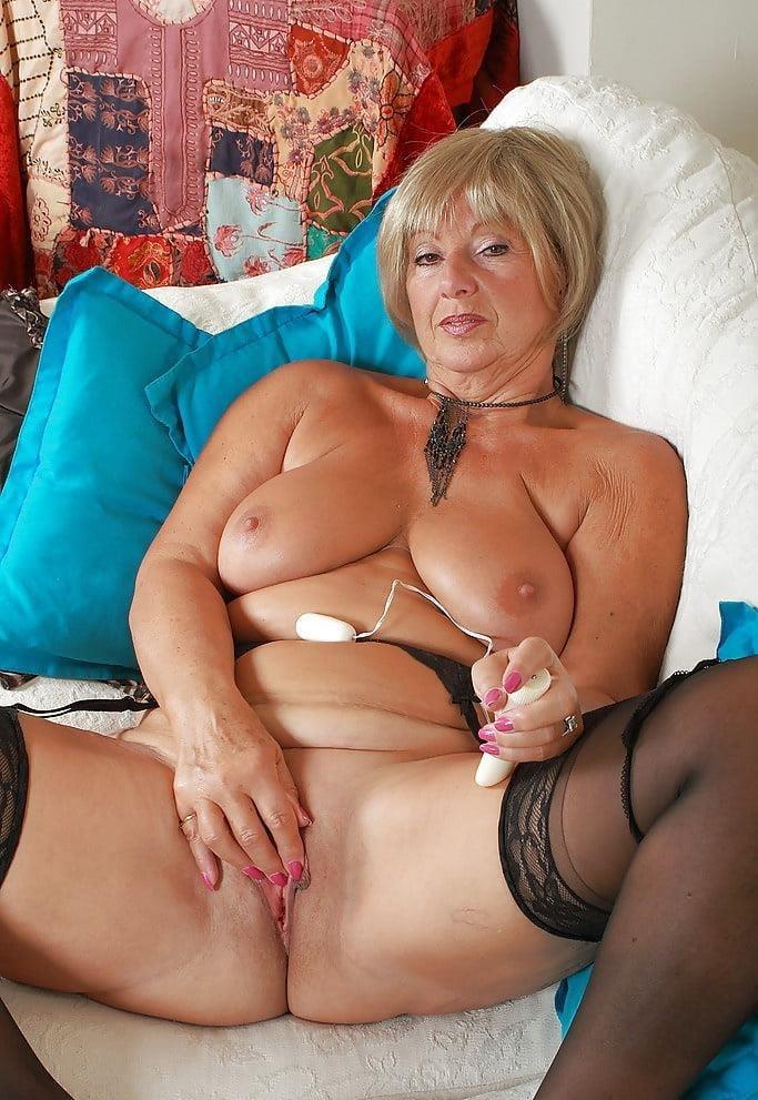 Mature women sex pics-6822