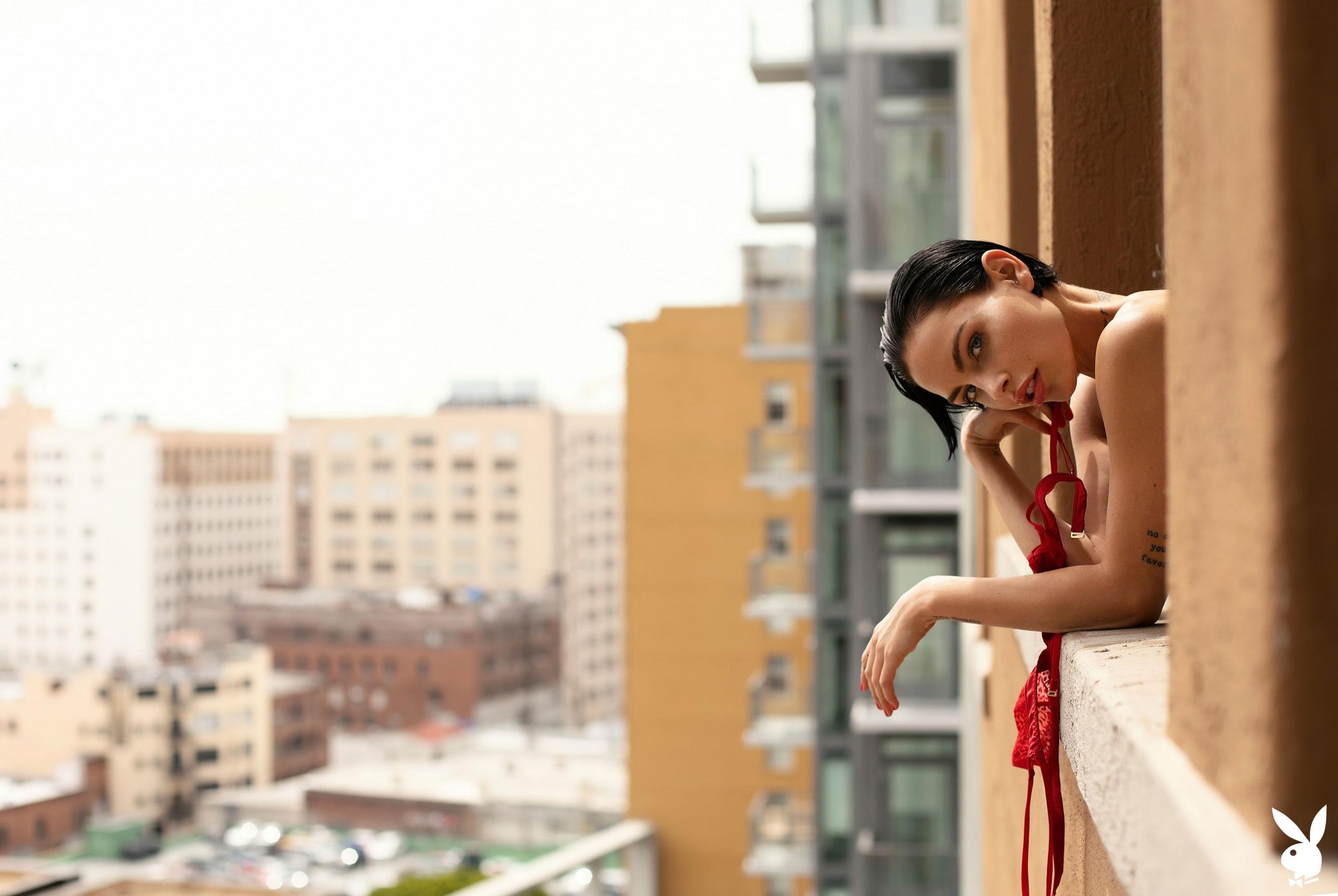 Мисс Июль 2019 американского Playboy Тила ЛаРу / фото 28