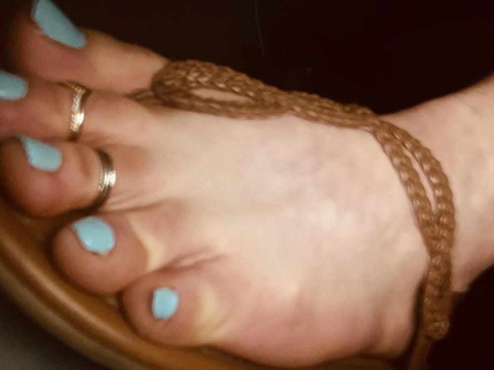 Polish feet slave-4307