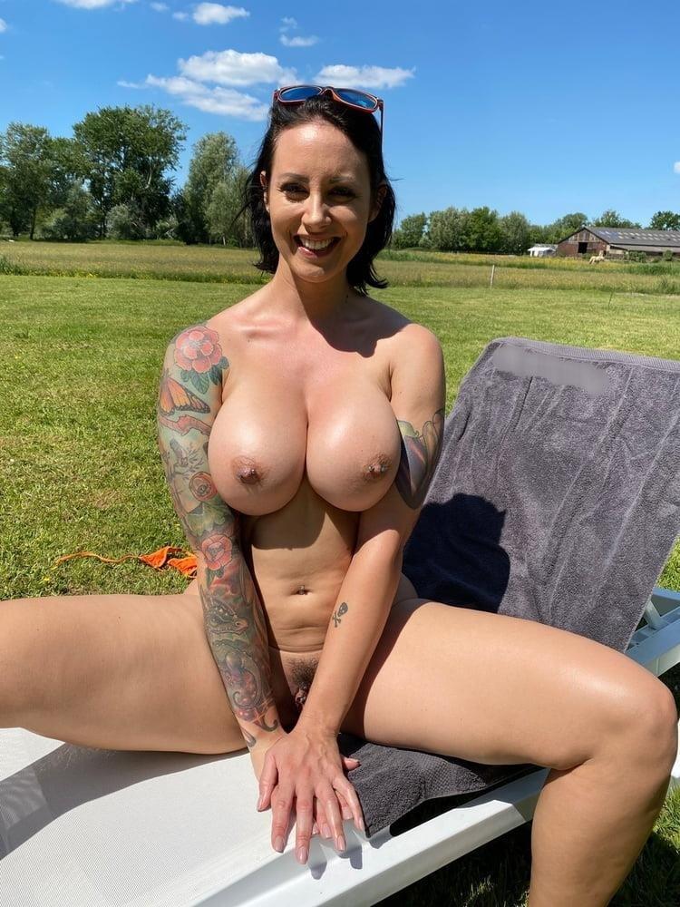 Milf bikini babes-1089