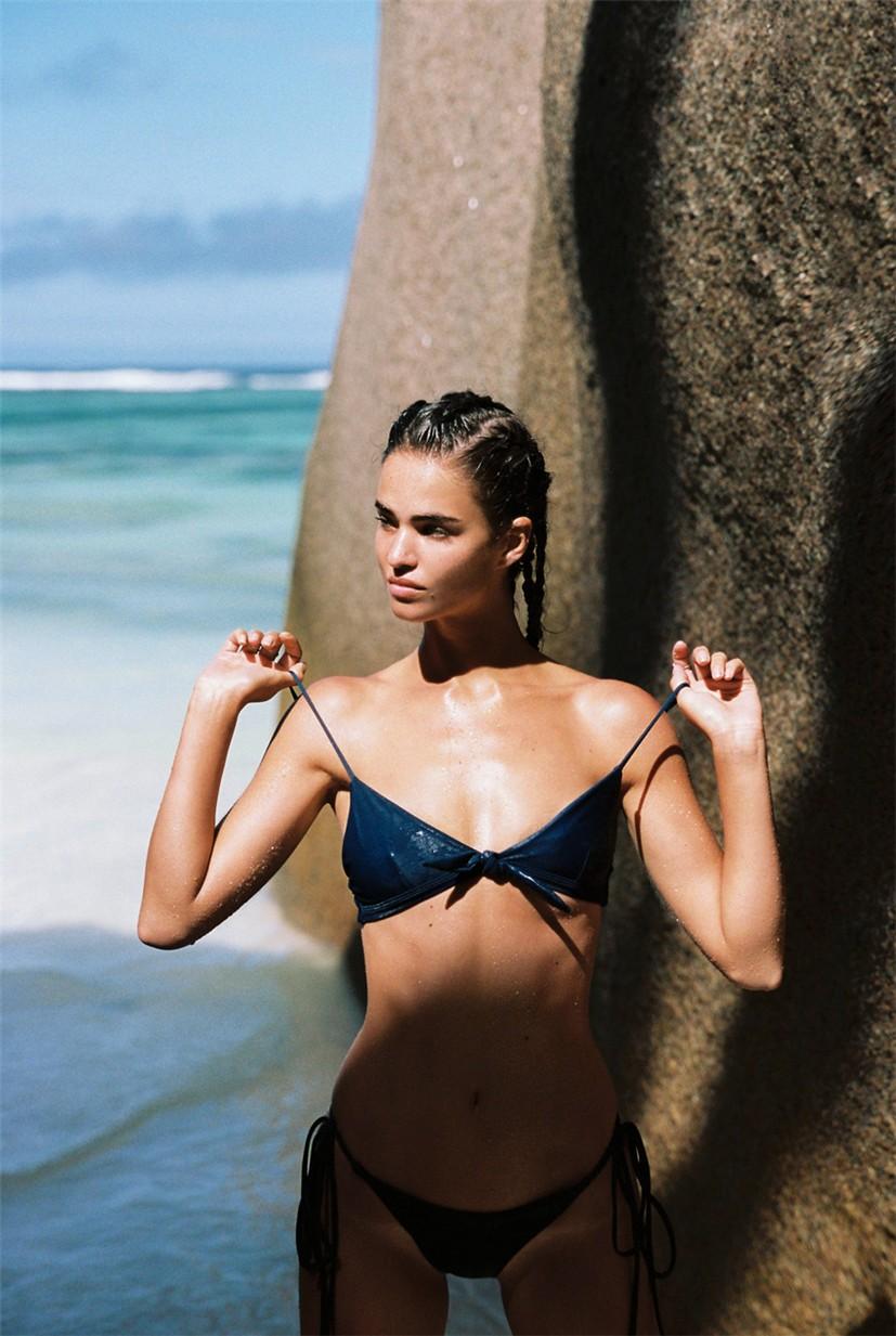 Robin Marjolein Holzken by Cameron Hammond / Faithfull the Brand swimwear 2018