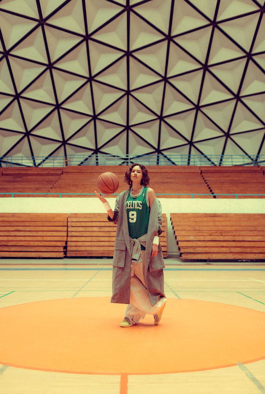 симуляция баскетбола НБА в исполнении фотомодели Синди / фото 03