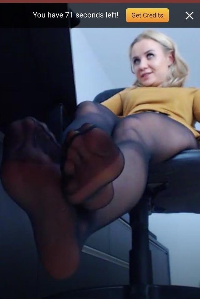 Amateur feet cam-1374