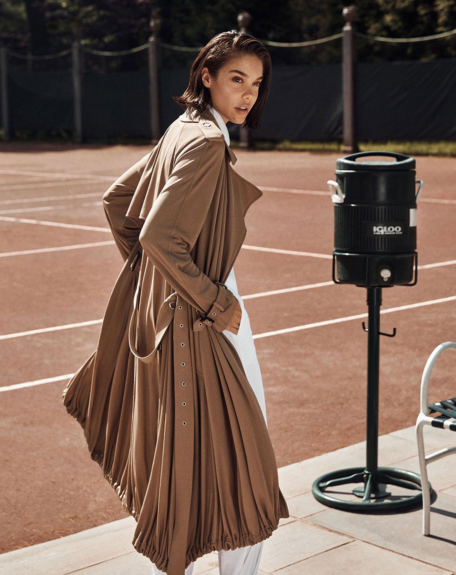 -Королева кортов- Мишель Дантас в модной одежде спортивного стиля / фото 12