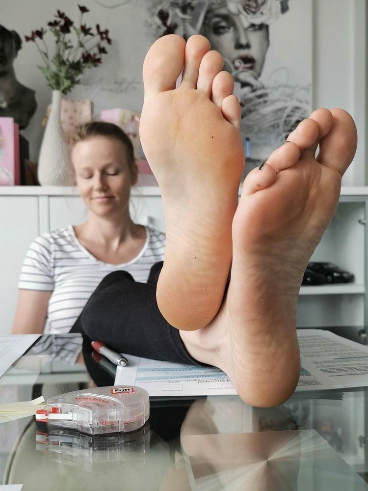 Mom foot fetish-5597