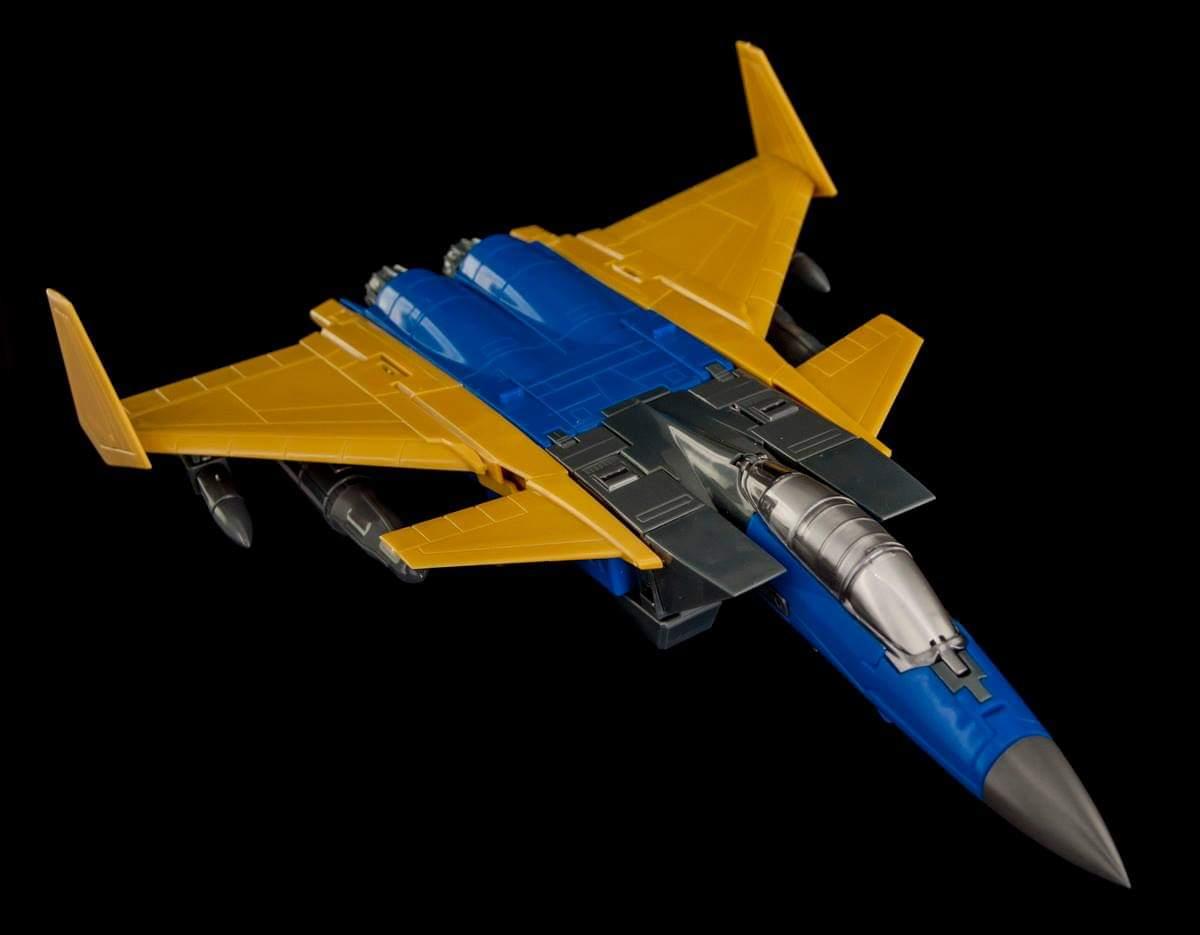 [Maketoys] Produit Tiers - Jouets MTRM-15 Endgame (aka Dirge/Funébro), MTRM-16 Jetstream (aka Thrust/Fatalo) & MTRM-17 Booster (aka Ramjet/Statoréacto) W2Crg0K6_o