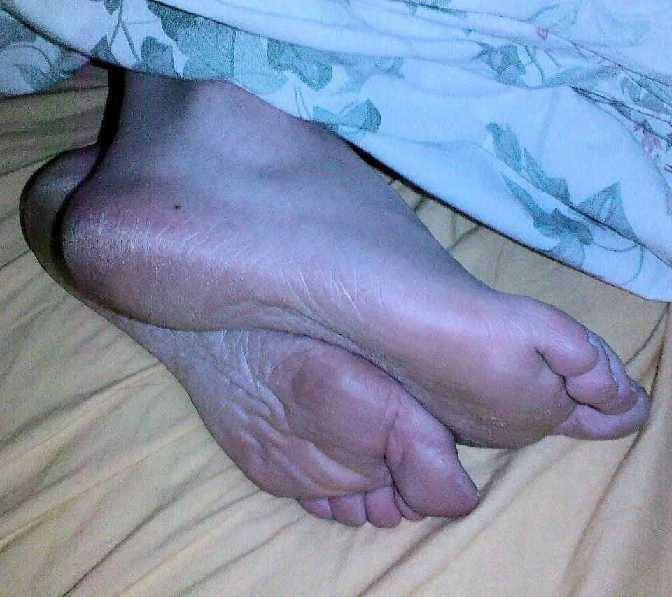 Mature feet pics-8831