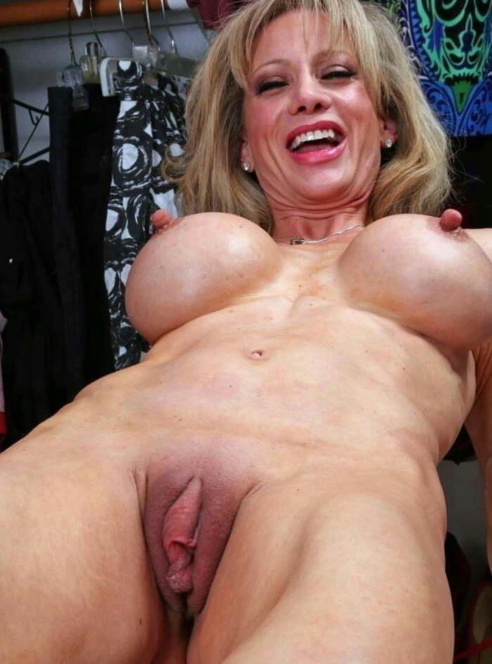 Naked granny porn-2624