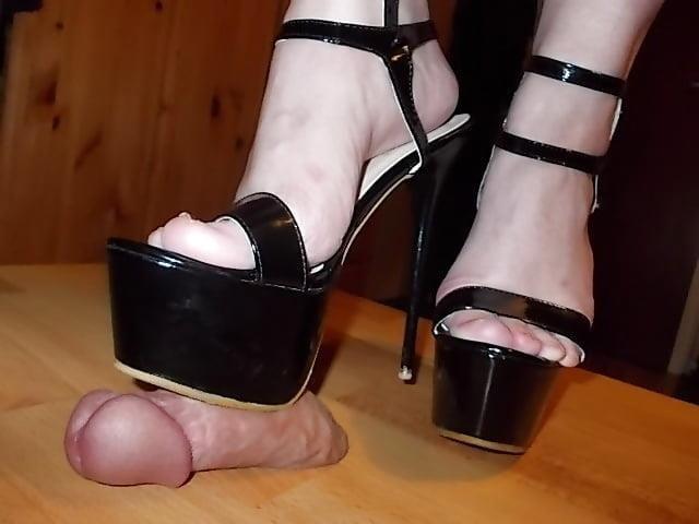 Ladies foot sex-8103