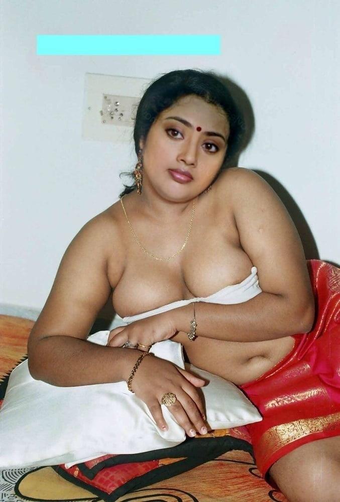 Meena hot kiss-6872