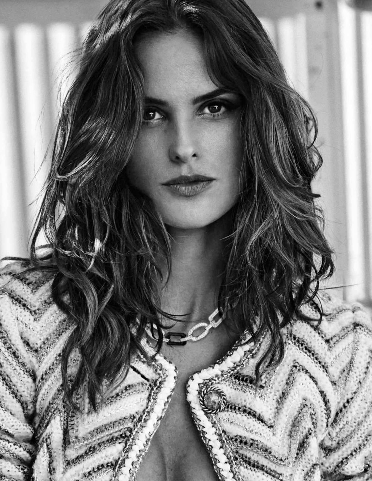 Izabel Goulart by Xavi Gordo - Elle Russia june 2018