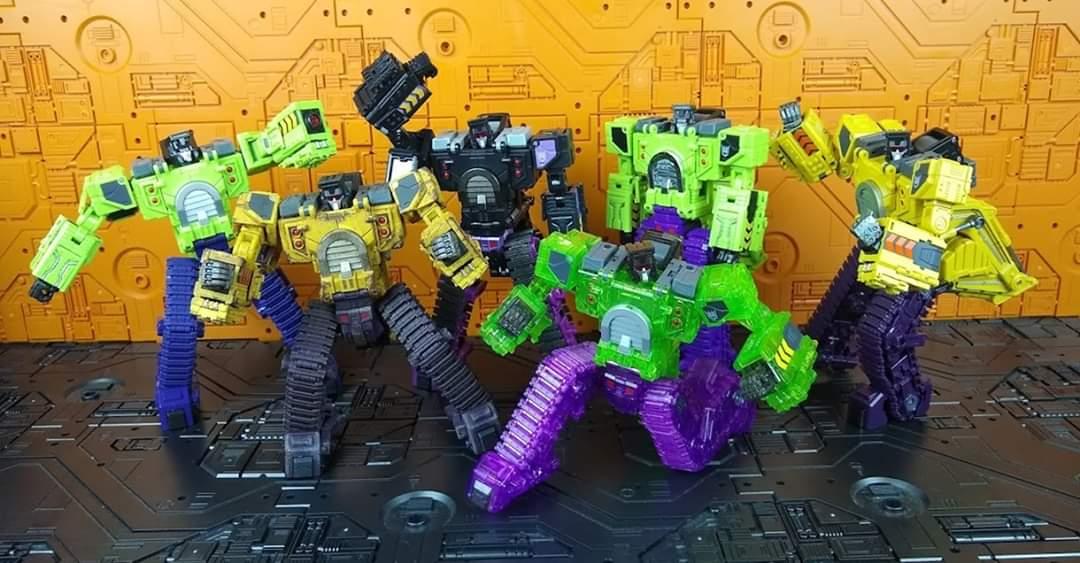 [Toyworld] Produit Tiers - Jouet TW-C Constructor aka Devastator/Dévastateur (Version vert G1 et jaune G2) - Page 11 T8QSMpK5_o
