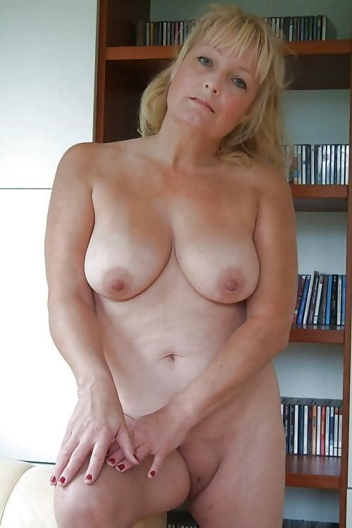 Beautiful naked mature men-4227