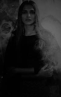 Deepika Padukone - Page 2 ZVuE1174_o