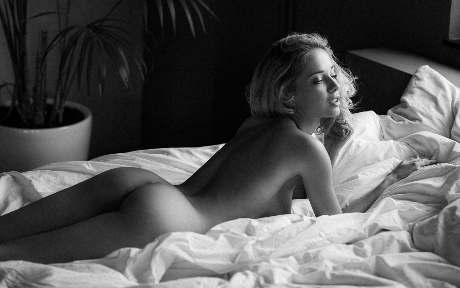 From Joy to Pleasure / Natasha Andreeva nude by Sacha Leyendecker