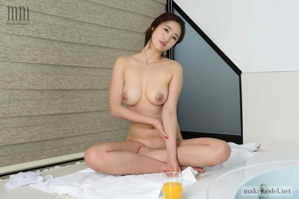 Korean men nude-4519