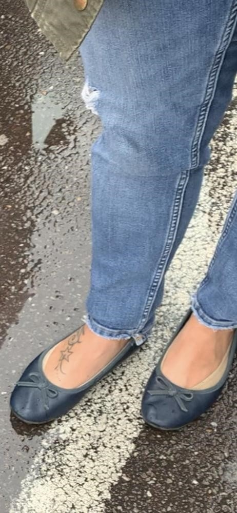 Sexy her feet-8061