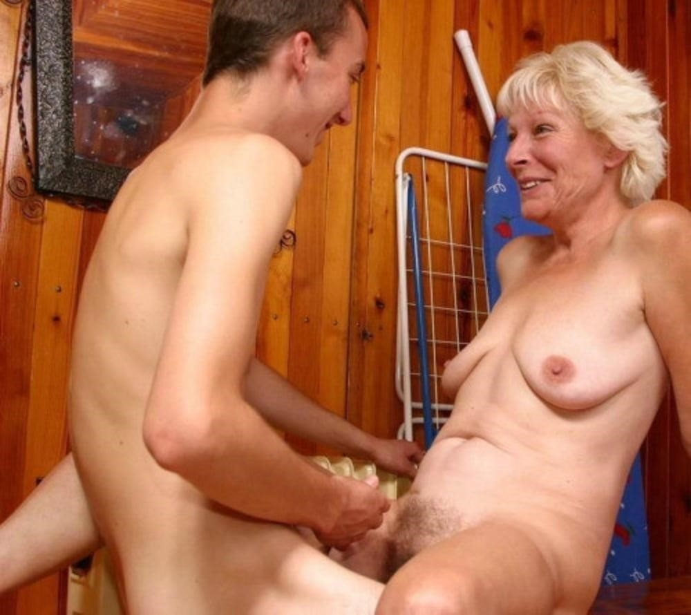 Old women sex with yung boy-4431