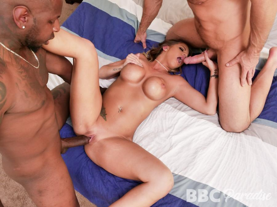 Brooklyn Chase – Black And White MILF Nookie Cookie – BBC Paradise – MYLF