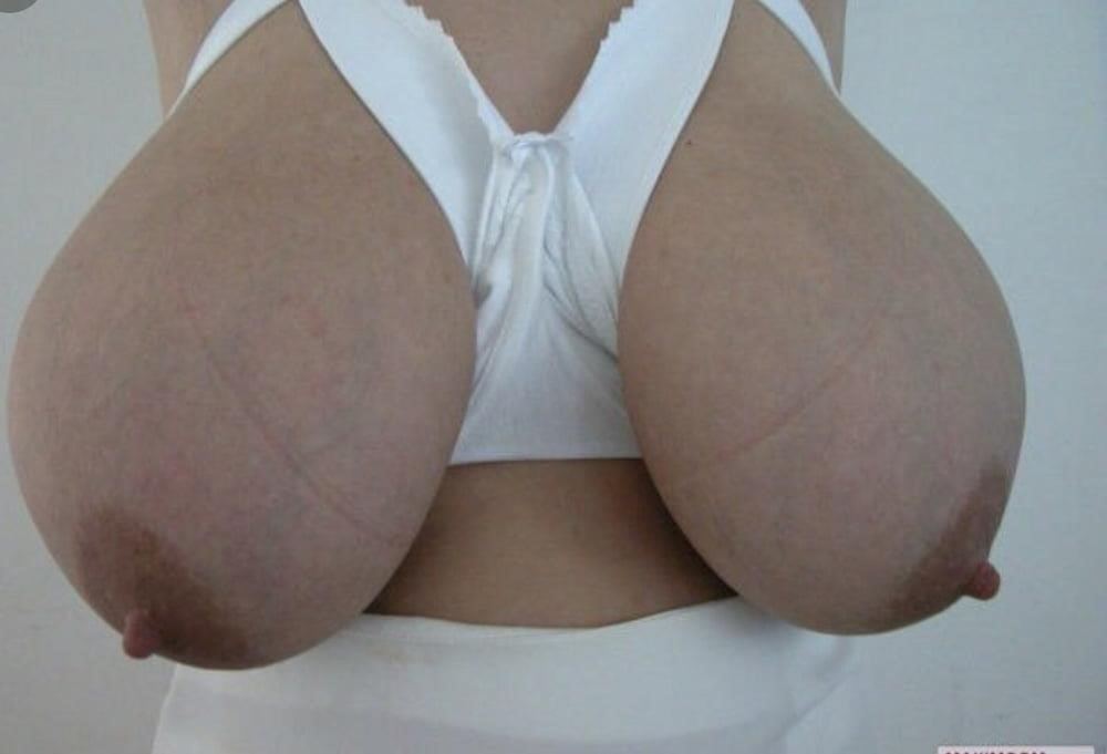 Men sucking boobies-3198