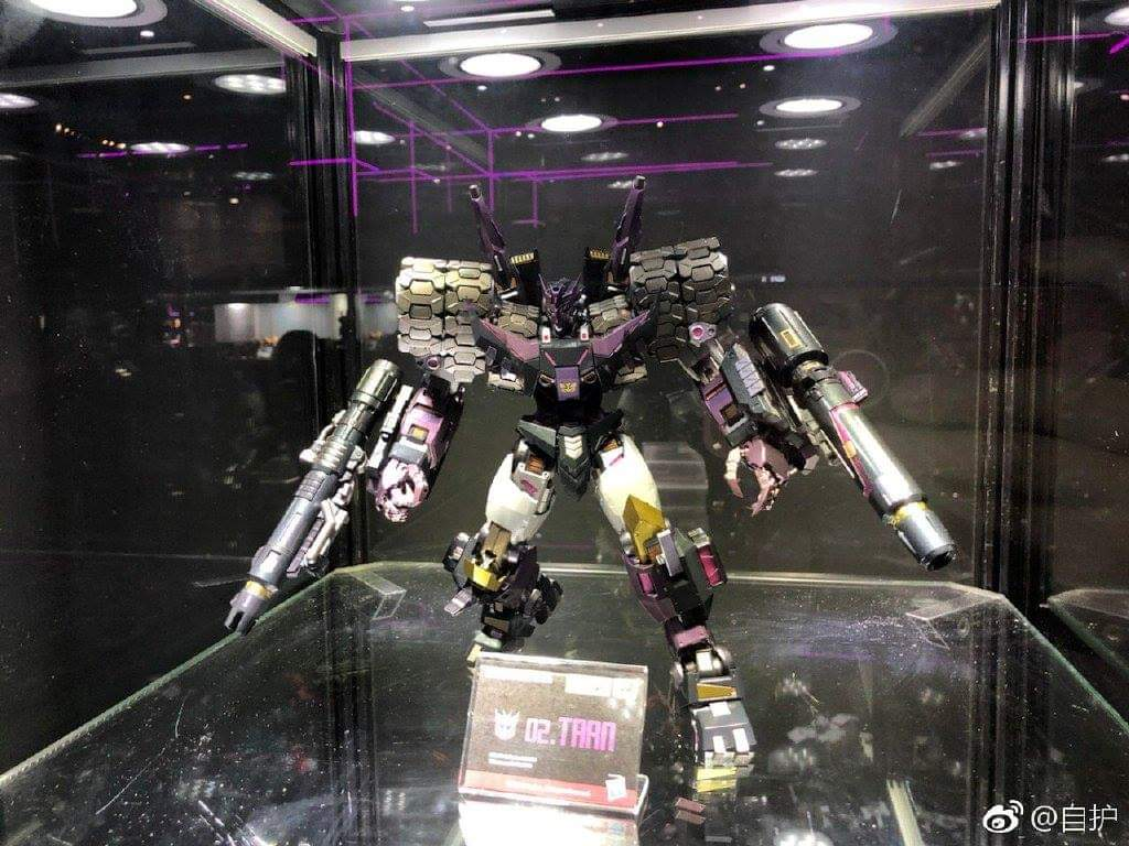 [Flame Toys] Figurines Drift, Optimus, Tarn, Star Saber, etc (non transformable - autorisé par Hasbro) - Page 3 OHgzcH7v_o