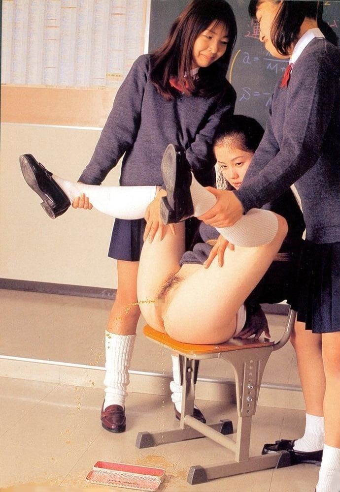 Japanese lesbian in public-5737