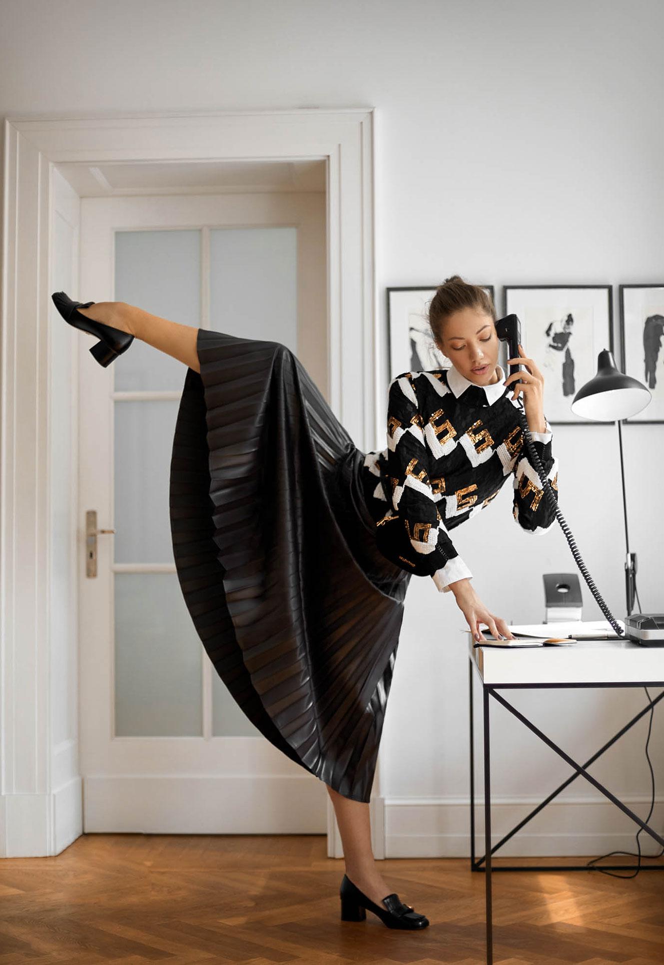 Винтажный офис-менеджер / Georgeta Varvarici by Anita Bresser