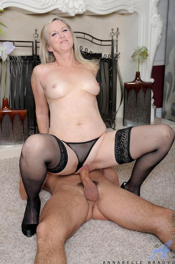 Annabelle brady anal-8246